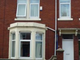 4 bedroom flat for rent in Heaton, Newcastle Upon Tyne